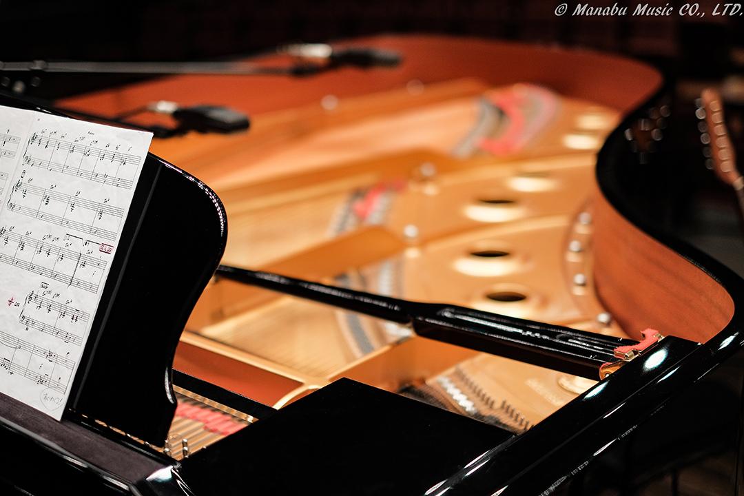 グランドピアノ X-E2 XF35mm F1.4