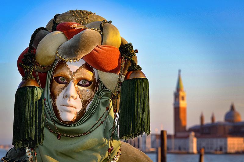 """<span style=""""color:#666666!important;""""> Carnaval de Venise 4  -  ©  -  2012 </span>"""