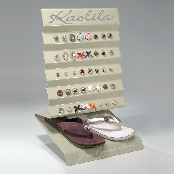 Conception et réalisation d'un présentoir boutique pour bijoux de sandales