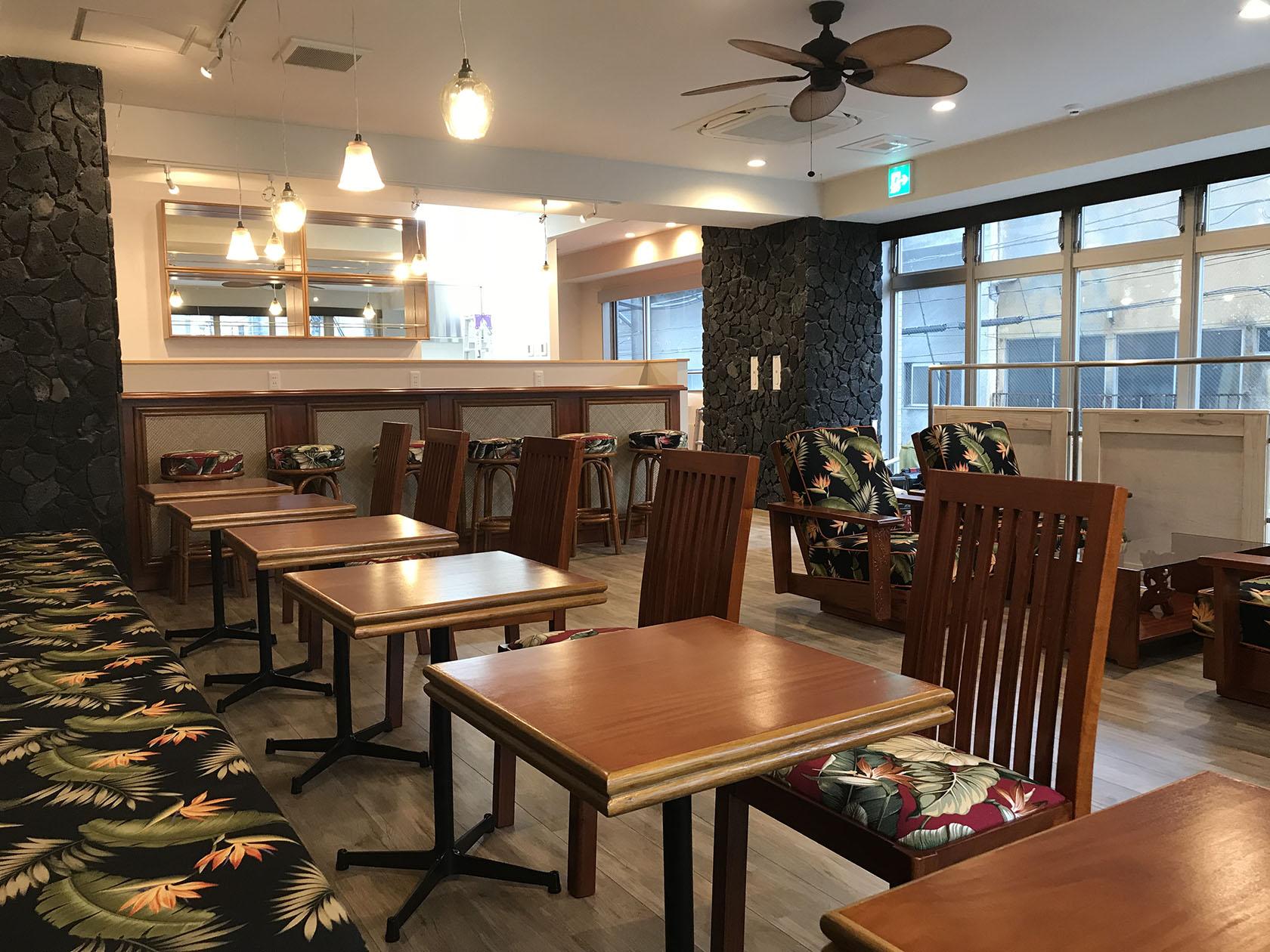 レストラン用テーブル
