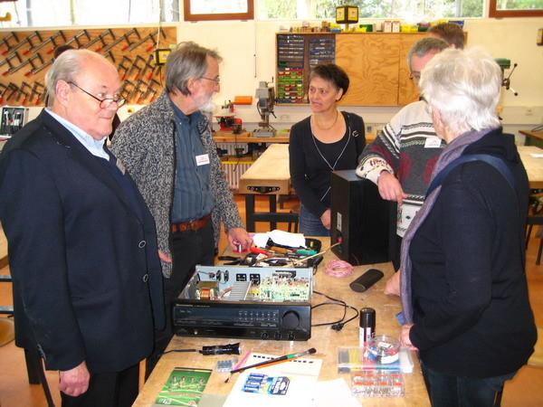 · Besuch im Reparatur-Café in Rottweil ( 22.2.2014)