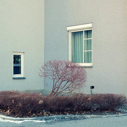 Peter Braunholz, ECKE I, 40 x 40 cm, Archivpigmentprint auf Hahnemühle Photo Rag Ultra Smooth Halbe Objektahmen mit Mirogard Museumsglas, Nr. 8/13+2AP