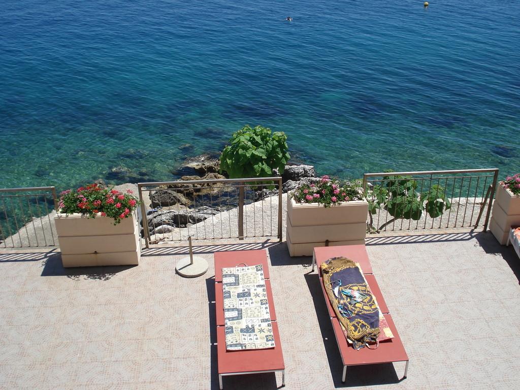 Villa Kleiner - Terassen zum Meer hin