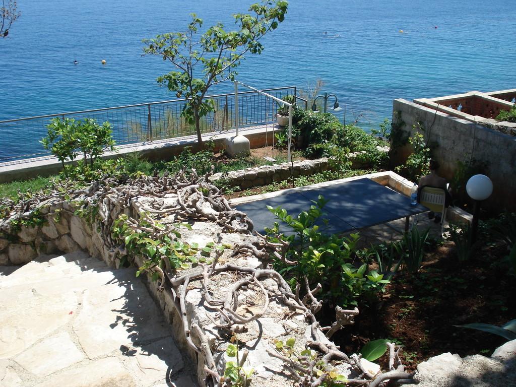 Villa Kleiner Panoramaterrassen mit beheiztem Meerwasserpool