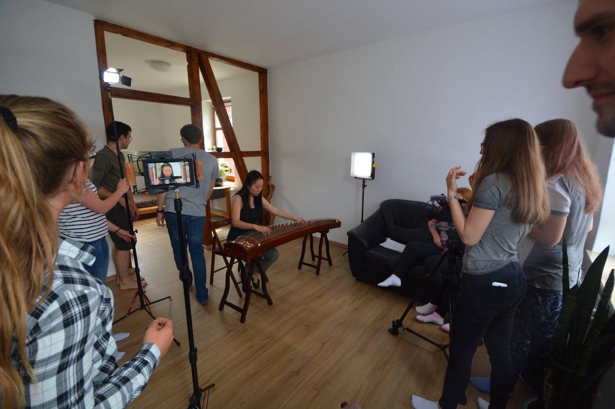 Atelier-Filmdreh mit KREISRUND.media
