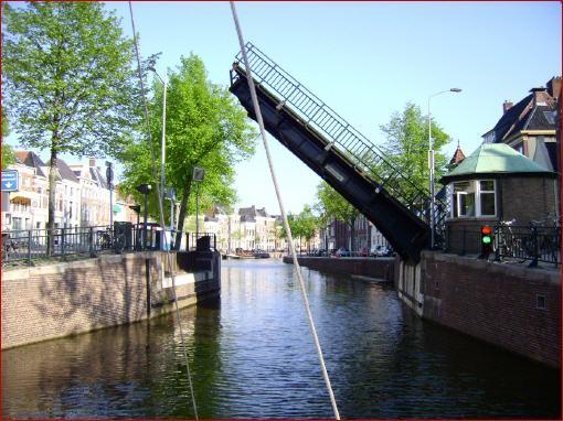 Die Groninger Brücken werden noch von Hand bedient