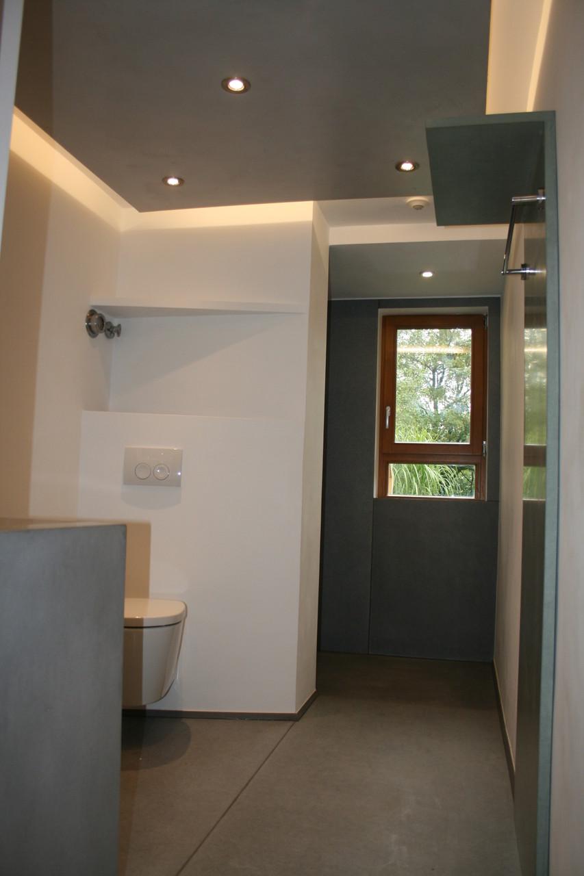 Indirekte Deckenbeleuchtung, Beton Elektro-Wandheizkörper