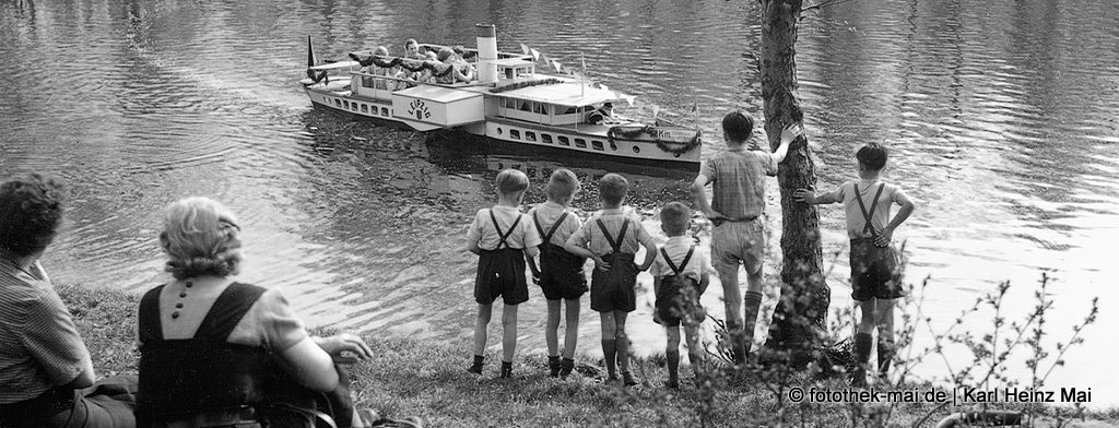 Dia-Schau historisch - Foto: Leipzig, 1955