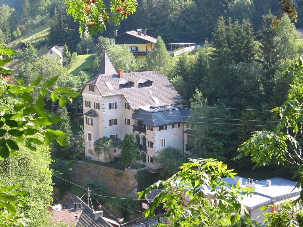 (Burg) Schloss Süßenstein - JETZT - Blick vom Linkor