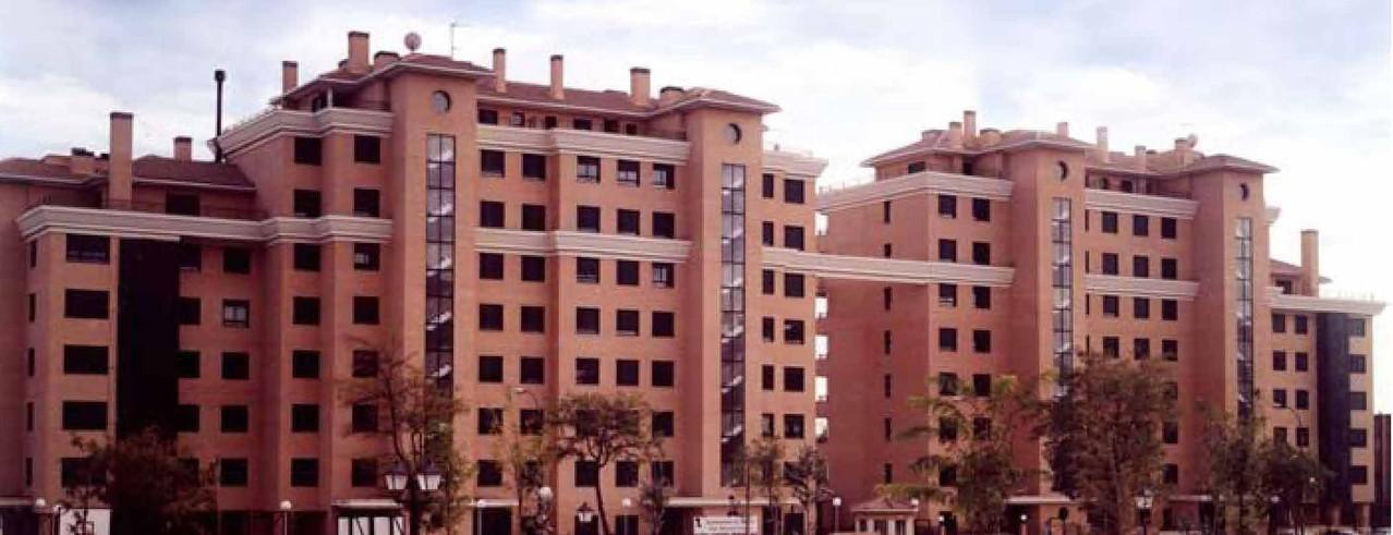 EDIFICIO RESIDENCIAL PARQUE OSUNA (MADRID)