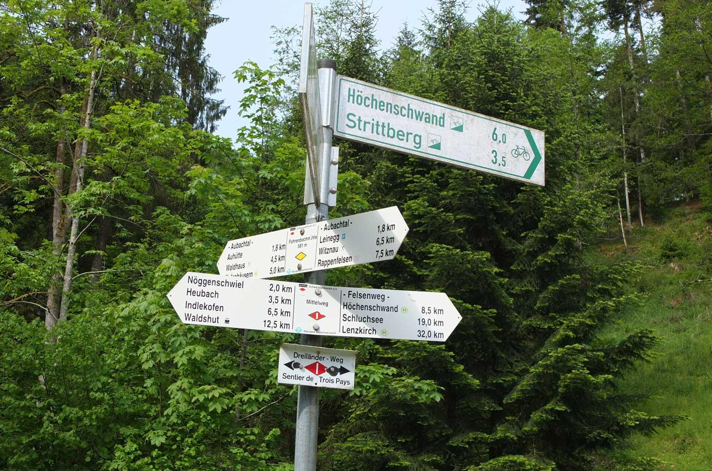 Ausgiebiges Wandernetz rund um die Gemeinde unserer Ferienwohnung