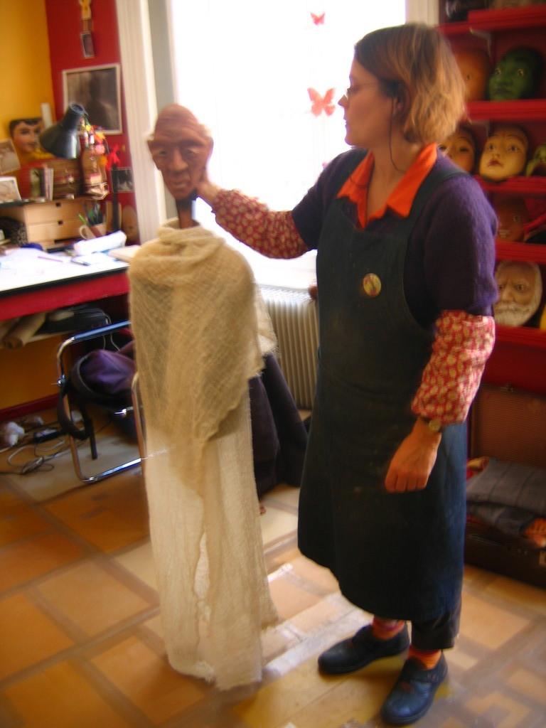 le vieux Kassa dans l'atelier