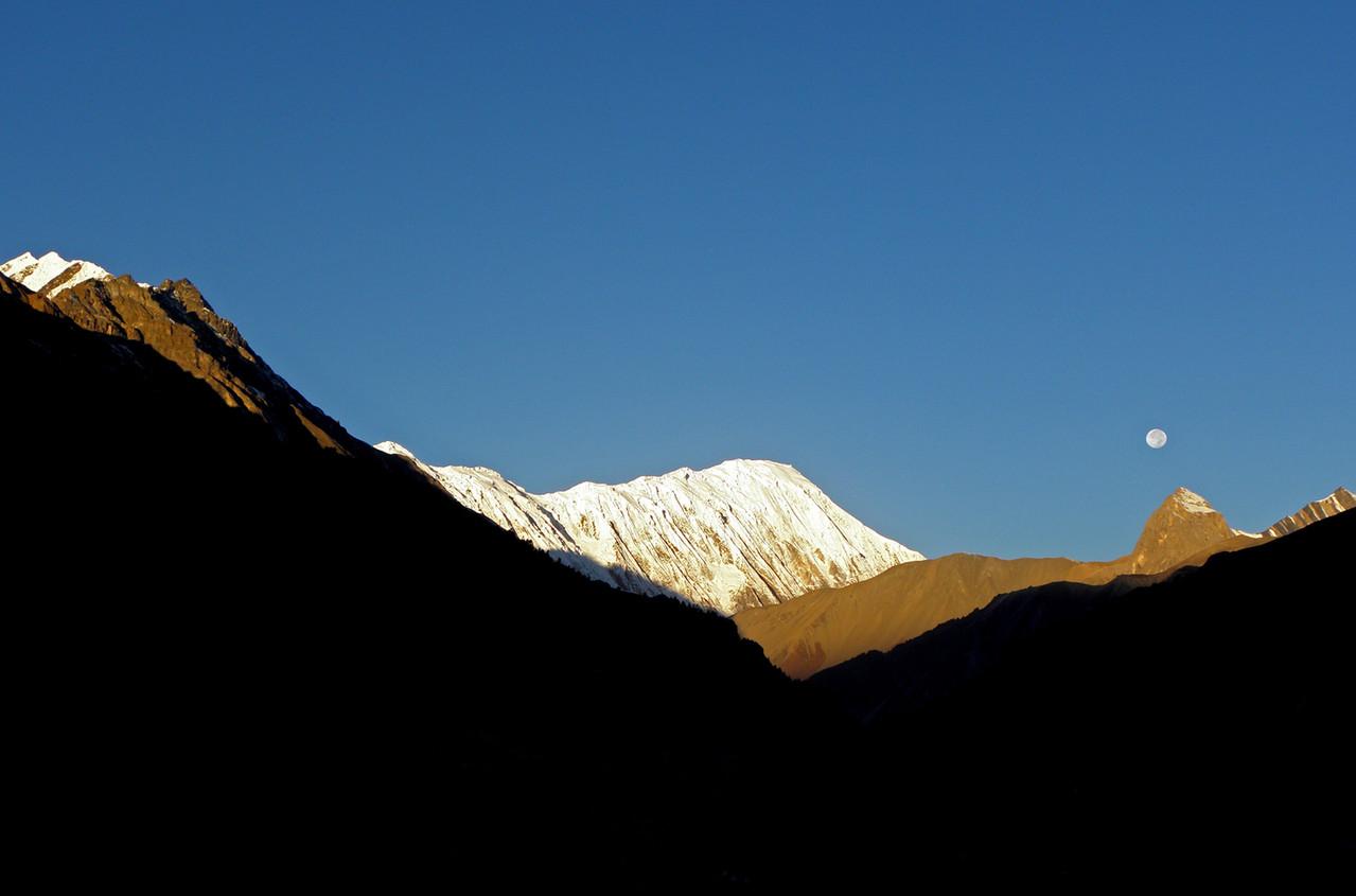 Frühmorgens in Nepal