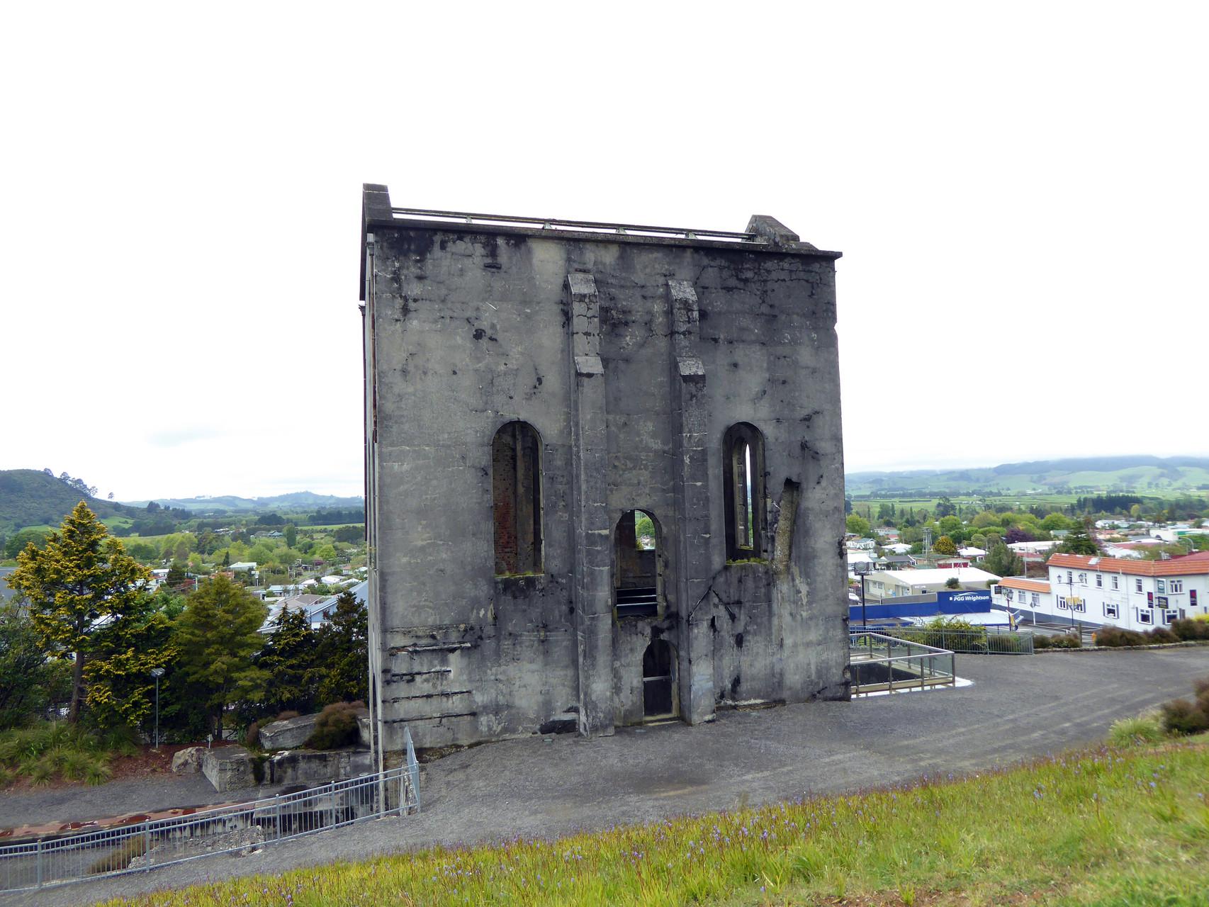 Altes Gebäude der Goldgrube Wahihi