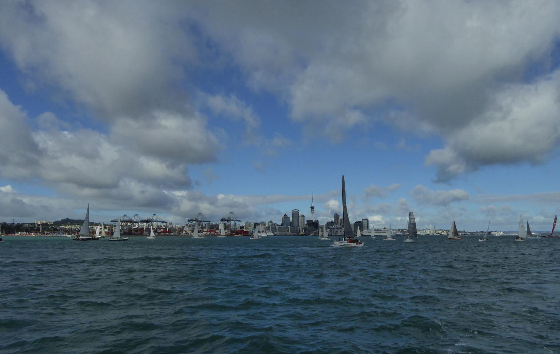 Auckland von der Fähre nach Rangitoto Island