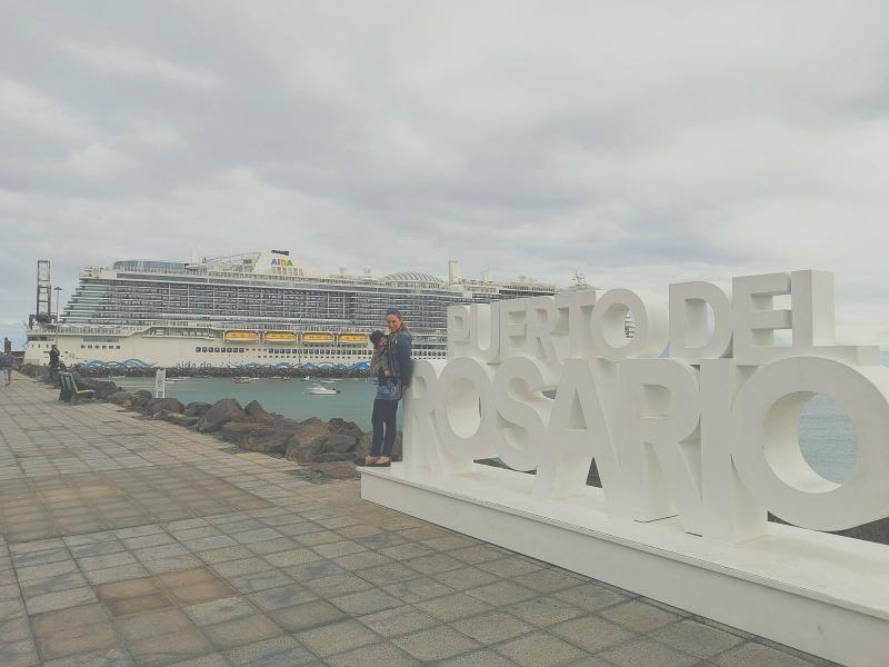 Aida Nova ist länger als der längste Bootsanlegersteg im ganzen Hafen😆