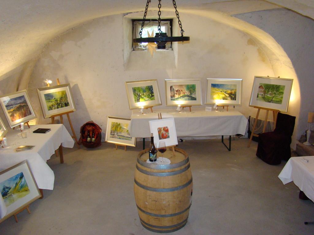 """Ausstellung """"In Vino Veritas"""" im alten Weinkeller"""