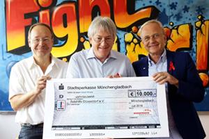 Bild: Scheckübergabe an die AIDS-Hilfe Düsseldorf