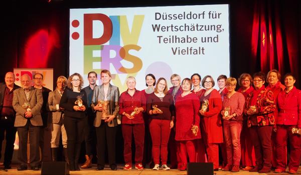 Bild: Teilnehmer_innen an der Düsseldorfer Diversity-Auftaktveranstaltung am 2. Dezember 2016 im zakk.