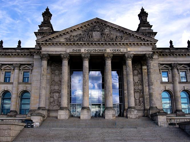 Bild: Reichstagsgebäude in Berlin