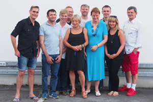Bild: Diversity-Managerin mit Vertreter_innen der LST-Gruppen