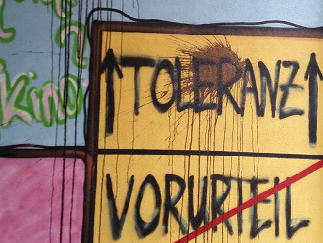 Bild: Schmierereien an der Fassade in Chemnitz