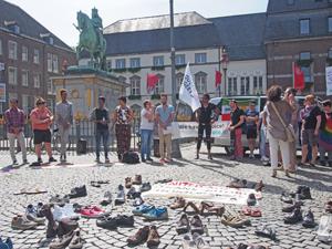 Bild: Demonstration auf dem Marktplatz
