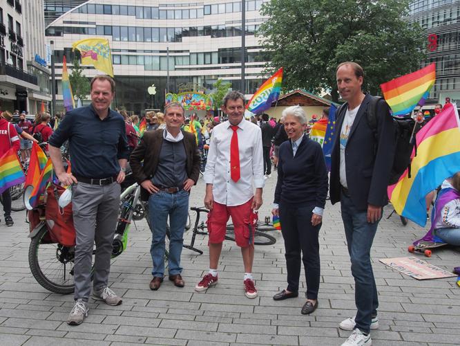 Bild: Kalle Wahle und die OB-Kandidat*innen
