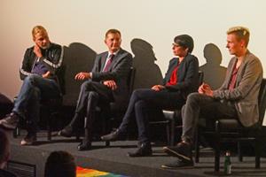 Bild: Podiumsgespräch mit Martin Endemann, Jürgen Schattmann, Josefine Paul und Nico Schulte