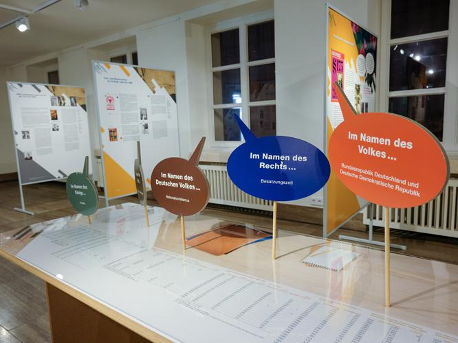 Bild: Ausstellung im Rathaus
