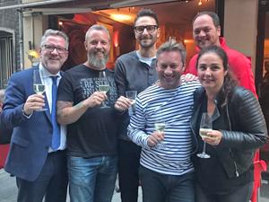 Bild: Lothar Hörning, Markus Riese, Michael Karmann, Andreas Mauska, Martin Heyer, Ursula Strunk (von links)