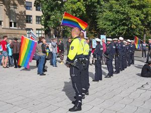 Bild: Polizeibeamte im Einsatz