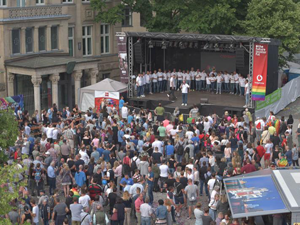 Bild: CSD Hauptbühne 2019