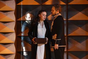 """Bild: Szene aus """"Don Carlo"""" in der Deutschen Oper am Rhein"""