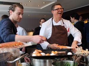 Bild: Köche bei der Heartbreaker-Küchenparty