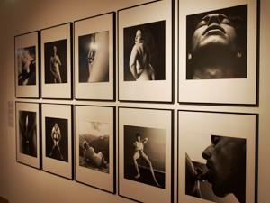 """Bild: """"Leiblichkeit"""" von Herlinde Koelbl"""