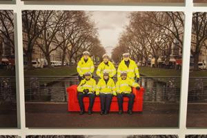 Bild: Rotes Sofa Motiv aus Düsseldorf