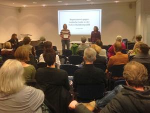 Bild: Vortrag zu Repressionen gegen lesbische Liebe
