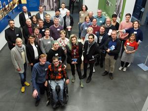 Bild: Teilnehmer_innen am Mahnmal-Workshop