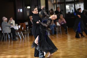 Bild: Weibliches Tanzpaar