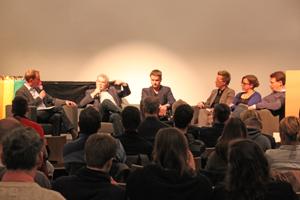 """Bild: Podiumsgespräche zum Thema """"Homophobie im Sport"""""""