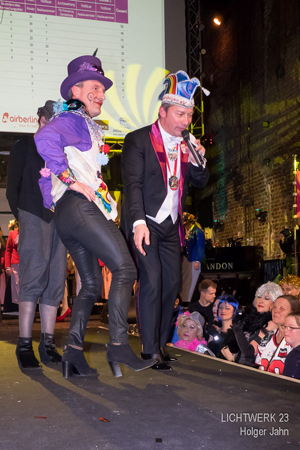 Bild: OB Thomas Geisel und Andreas Mauska beim Tunte Lauf 2017