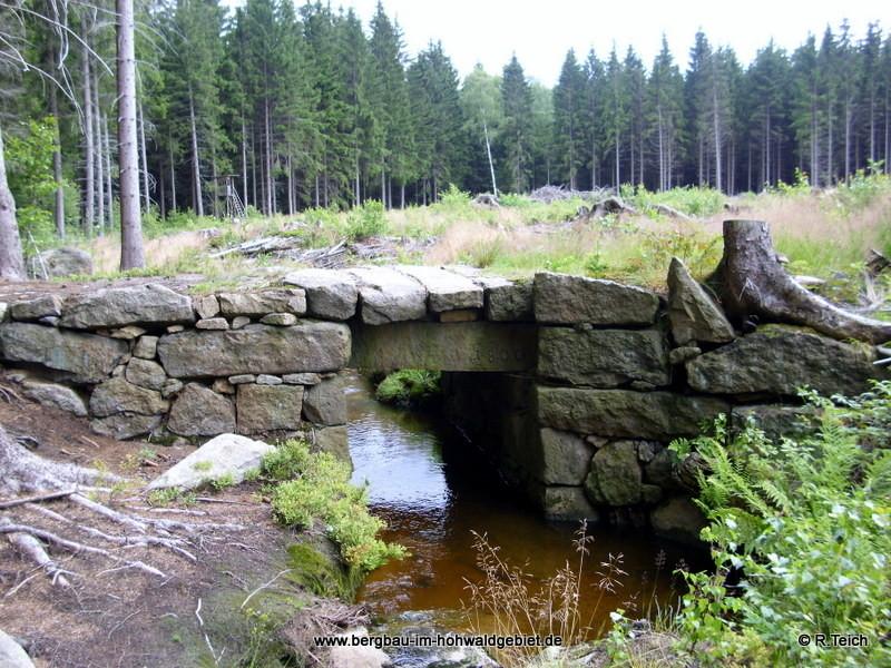 Wesenitzbrücke aus dem Jahre 1800 im Hohwald / Zustand im Jahr 2011
