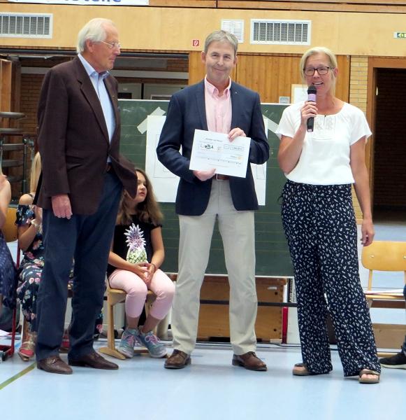 ... dem Rotarier Club Erwitte-Hellweg für ihre großartige Spende über 1.000 Euro ...
