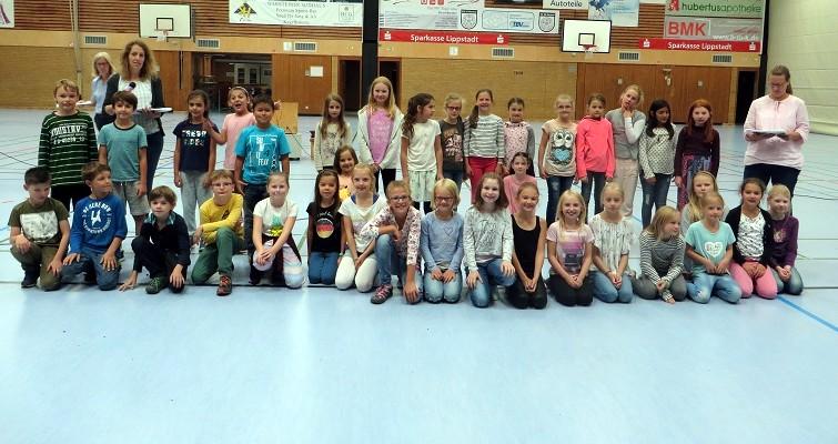 ... den Kindern unserer Musik-AG, Frau Kretschmann und Frau Wahle für gelungene Auftritte in unserer Schule.