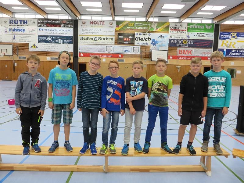 ... unseren Handballern zu einem 1. Platz beim Hallenhandball-Cup der Grundschulen im Kreis Soest