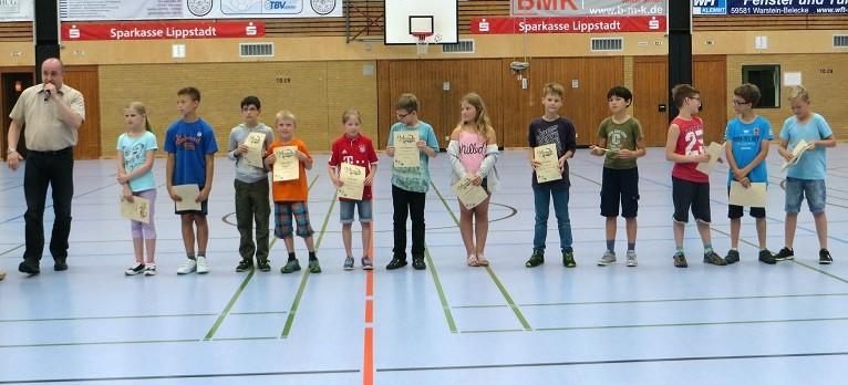 ... den Kindern der Schach-AG für hervorragende Leistungen
