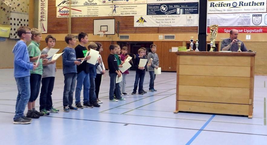 Herzlichen Glückwunsch an Hannes Hoffmann für den 1.Platz der dritten Klassen beim Schachturnier