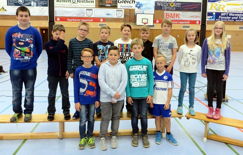 ... der Mannschaft DIE 11 GEWINNER aus der Klasse 4c zum 1. Platz beim Völkerballturnier