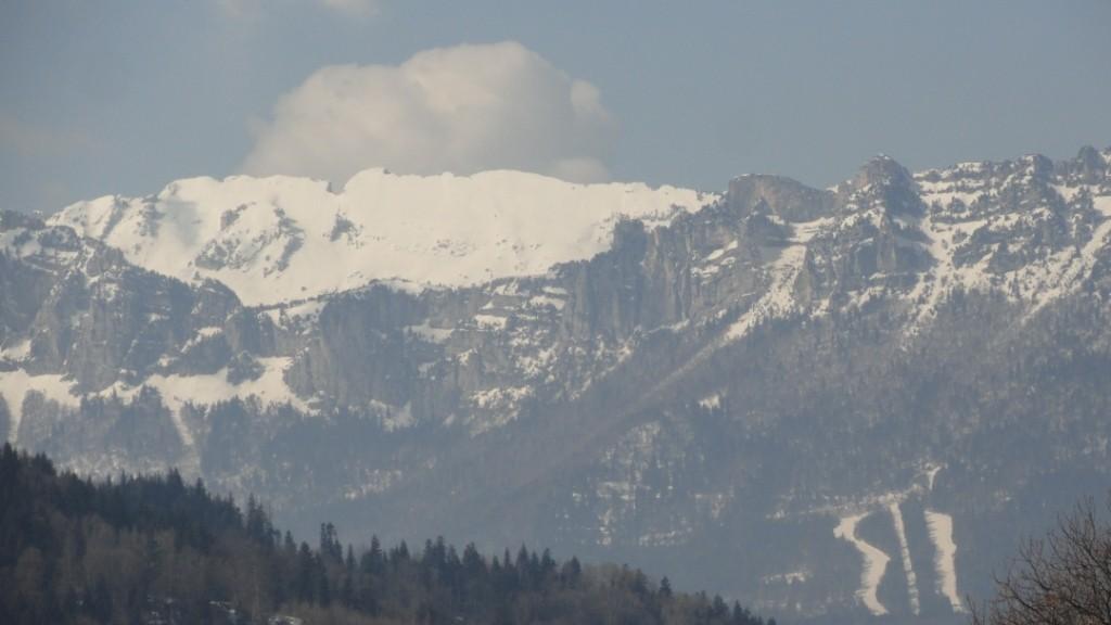vue gite massif chartreuse en hiver mars 2016
